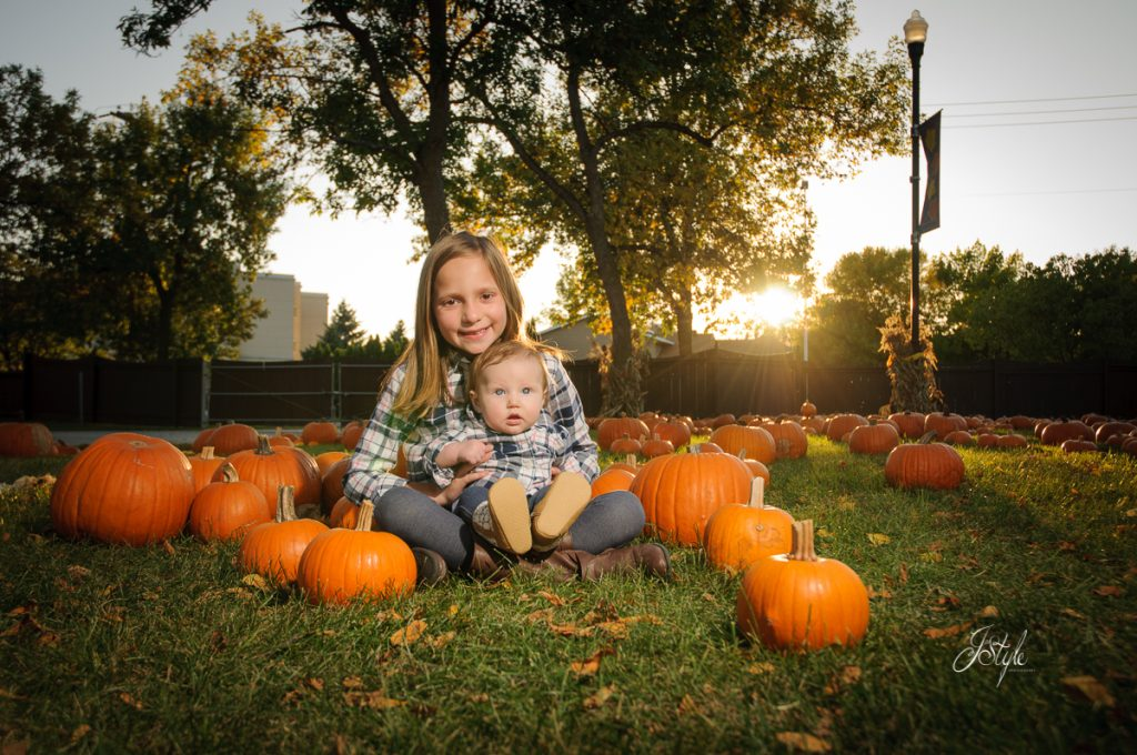 Portraits in the pumpkins - J Style Photography - Fargo, ND